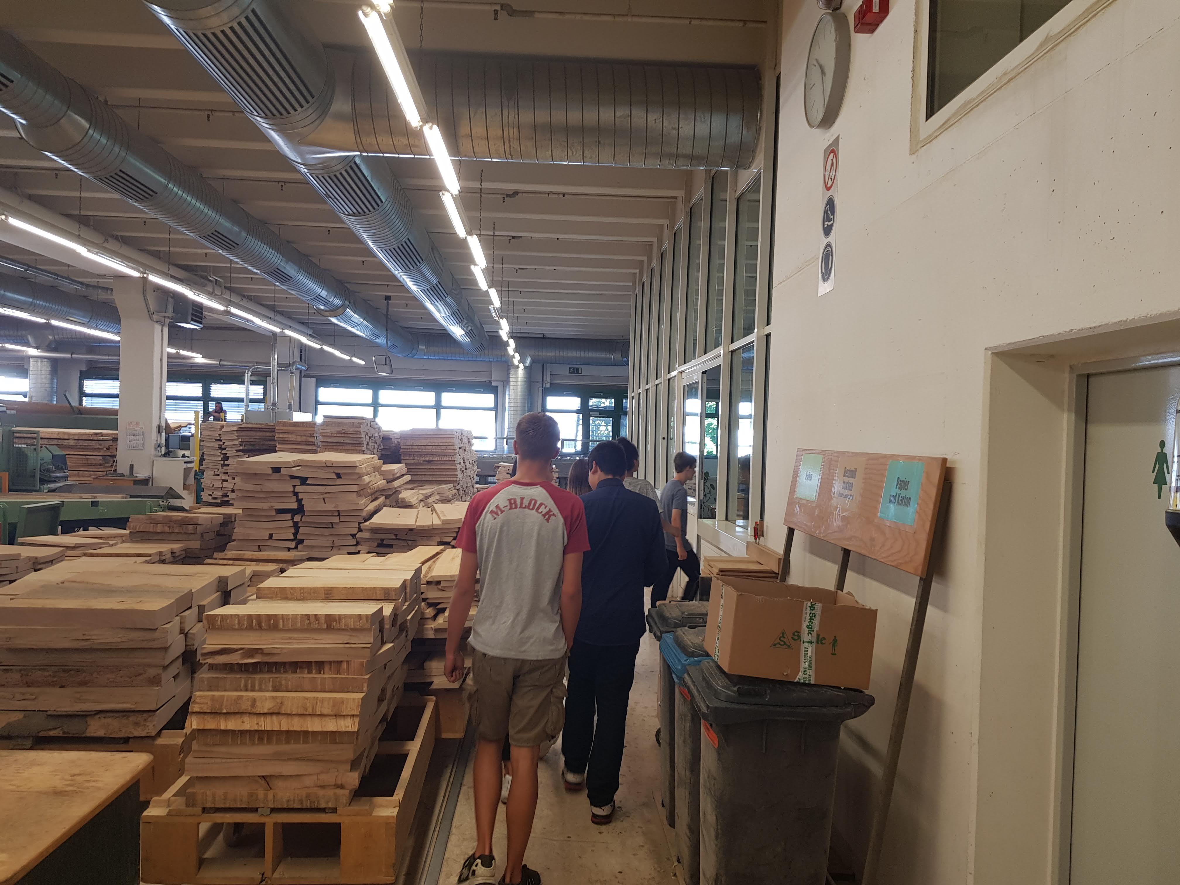 Betriebsbesichtigung Bei Der Firma Segmüller In Friedberg